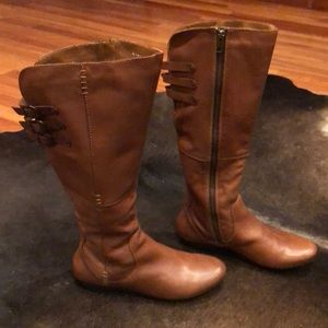 Born Brown Leather Boots (sz 8)